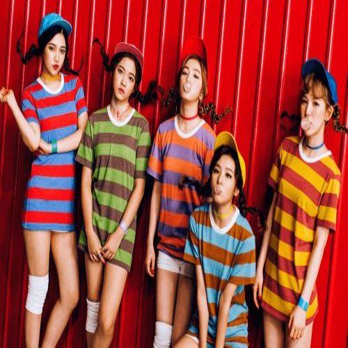 دانلود موزیک ویدیوکره ای گروه (رد ولوت) Red Velvet با نام (گنگ و بی عقل) Dumb Dumb