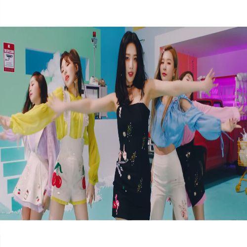 دانلود موزیک ویدیو Red Velvet با نام Sappy