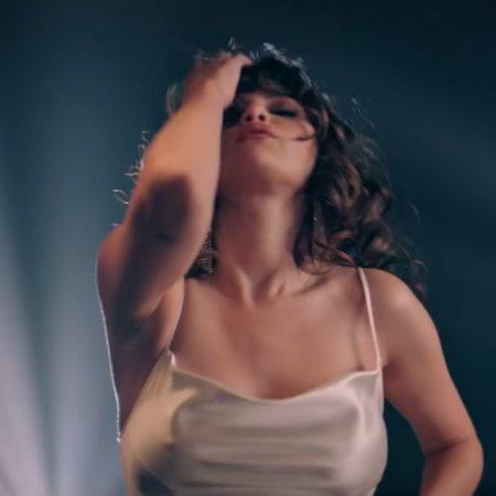 دانلود موزیک ویدیو خارجی(سلنا گومز) Selena Gomez با نام (دوباره برقص) Dance Again